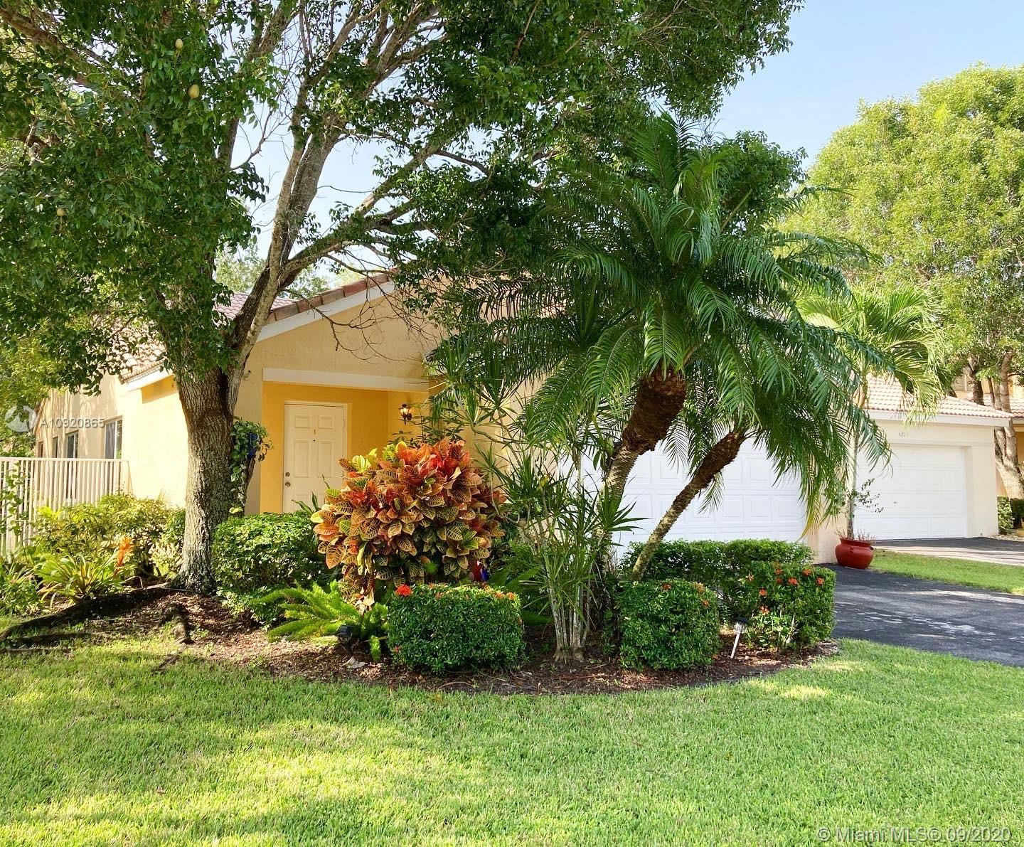 4203  Cherrywood Ct  For Sale A10920865, FL
