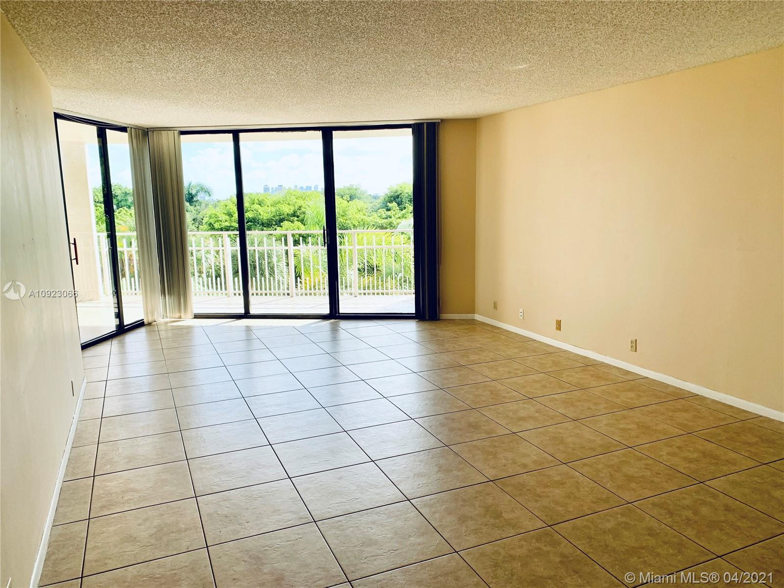 1000  Quayside Ter #506 For Sale A10923066, FL