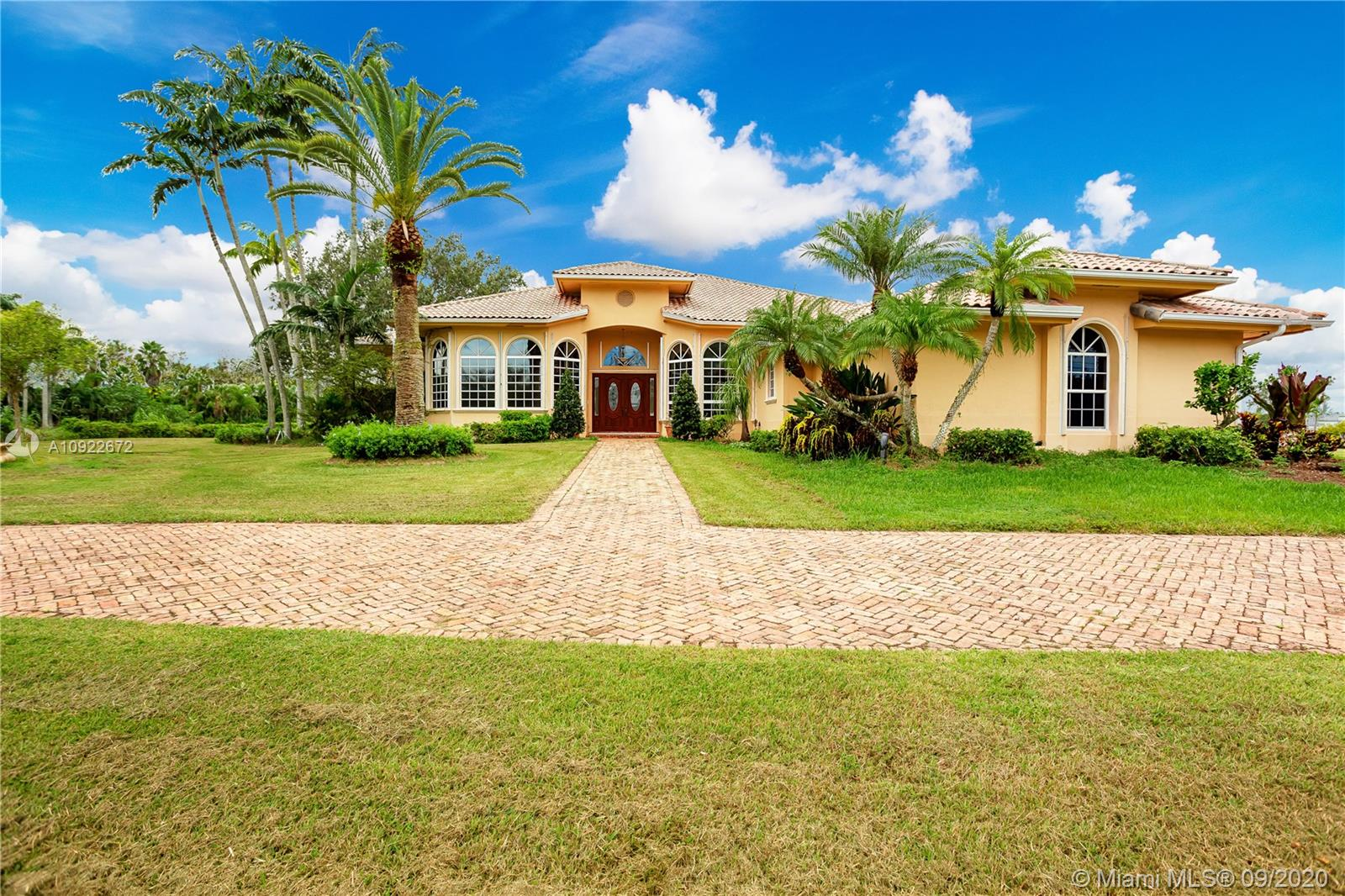 Undisclosed For Sale A10922672, FL