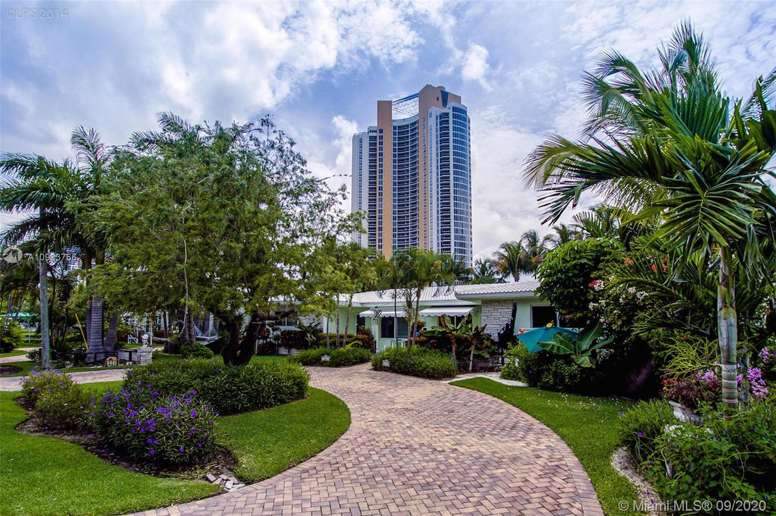 18817  Atlantic Blv  For Sale A10923766, FL