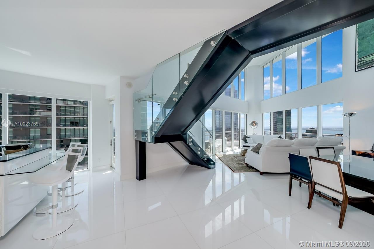 SPECTACULAR APARTMENT, 3 BEDROOM, 3 1/2 BATHS, WITH PANORAMIC VIEWS OF THE MIAMI SKYLINE, CITY BAY AND OCEAN. EACH BEDROOM HAS ITS OWN BALCONY. DESIGNER FURNITURE. ACCESS TO THE PRIVATE LOUNGE IN 50TH FLOOR. BUILDING FEATURES A CONTEMPORANEITY LOBBY, GYM AND SPA. SERVICE, 24 HOURS SECURITY DESK AND VALET PARKING. WALKING DISTANCE TO ALL OF SHOPPING, RESTAURANTS, MALLS AND MORE.