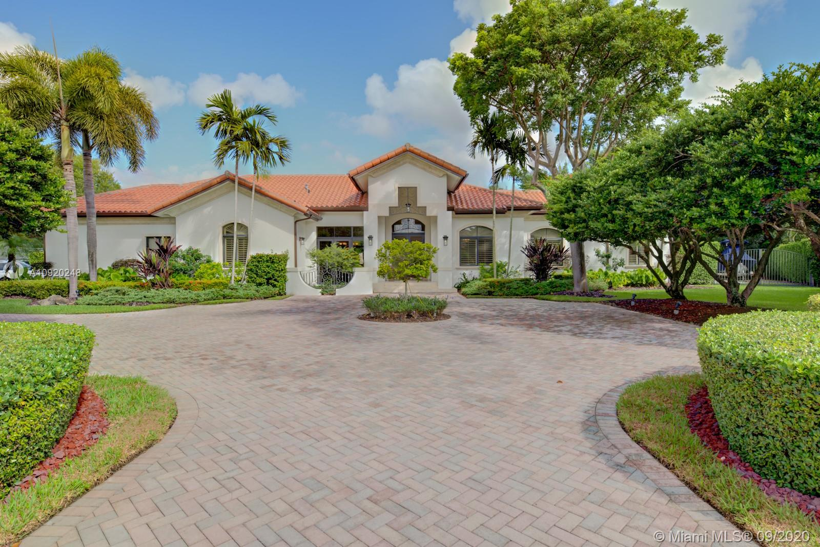 8821 SW 123rd Ter  For Sale A10920248, FL