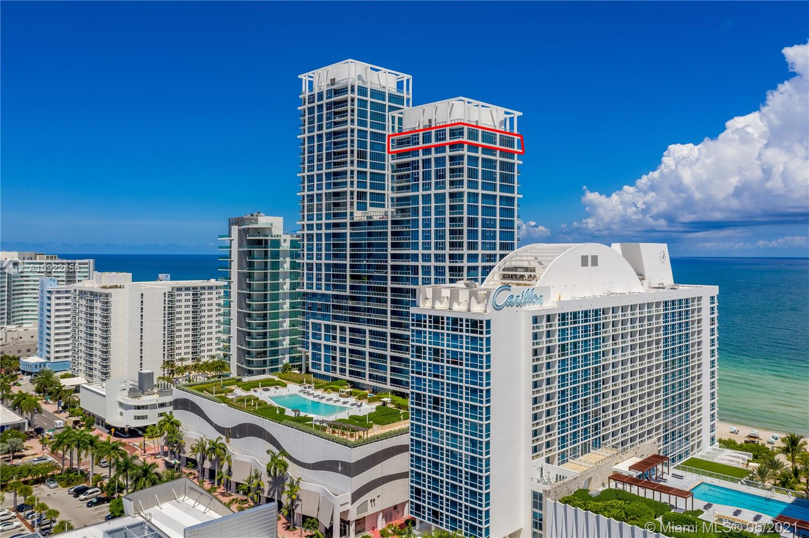 6899  Collins Ave #UPH2907 For Sale A10922456, FL