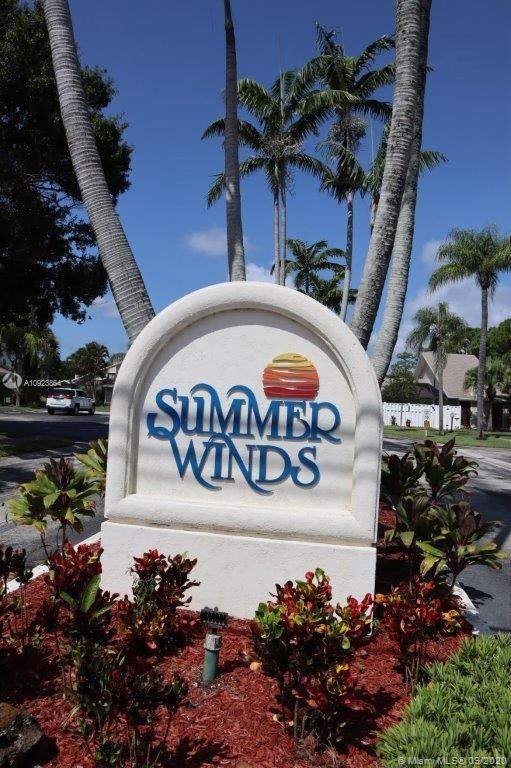 704  Summerwinds Ln  For Sale A10923864, FL