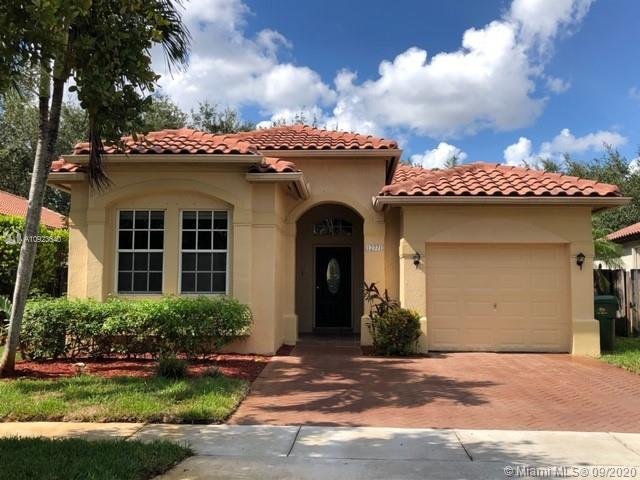 12771 SW 53rd St  For Sale A10923640, FL
