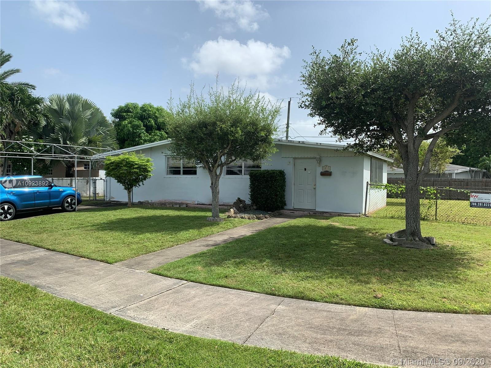 5045 SW 114th Ave  For Sale A10923892, FL