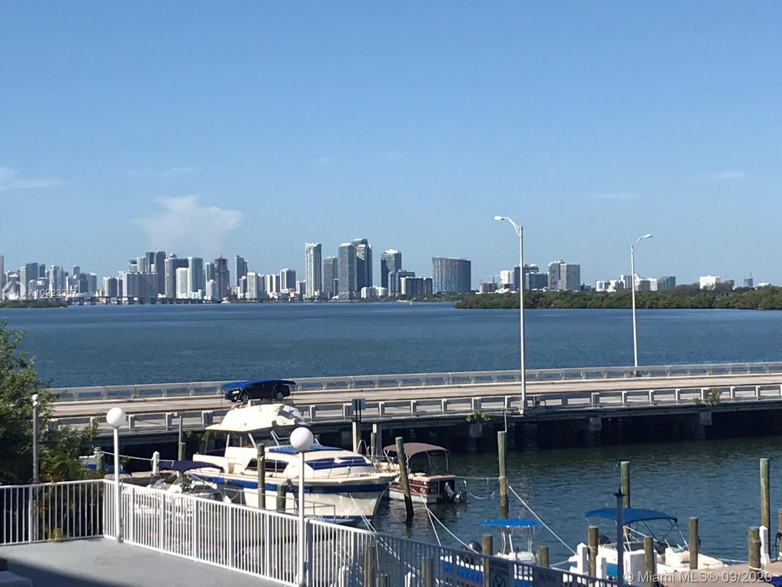 7904  West Dr #216 For Sale A10923387, FL