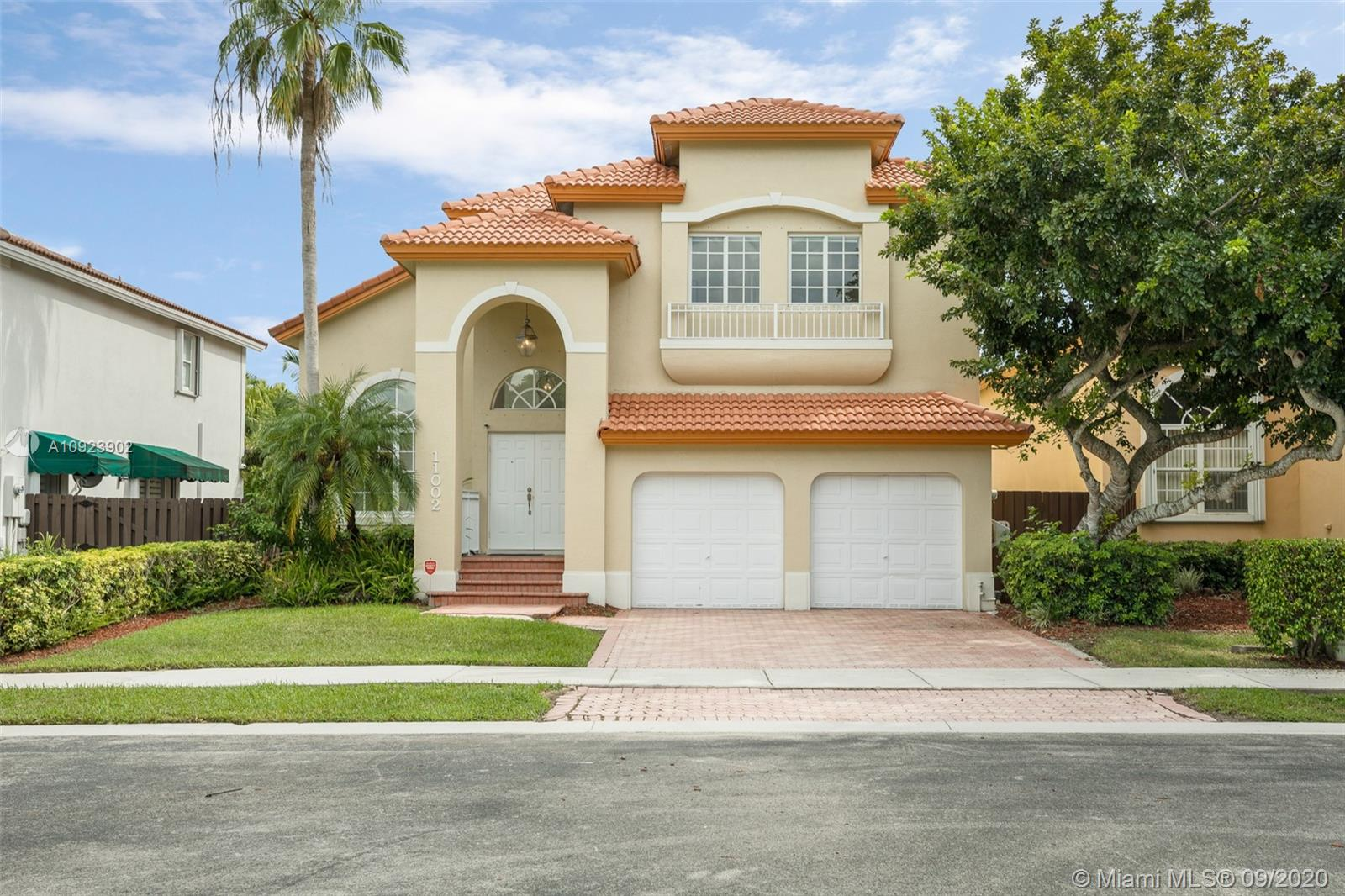 11002 NW 59th St  For Sale A10923902, FL