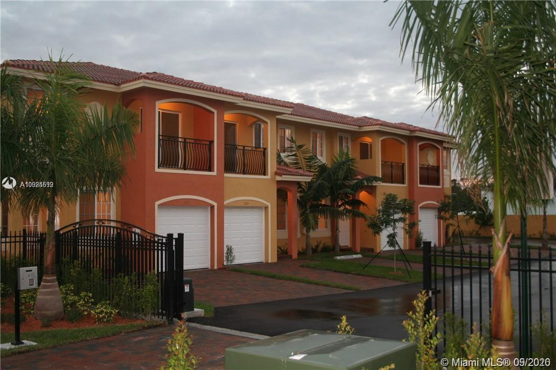 246 SE 2nd Ave #246 For Sale A10924699, FL