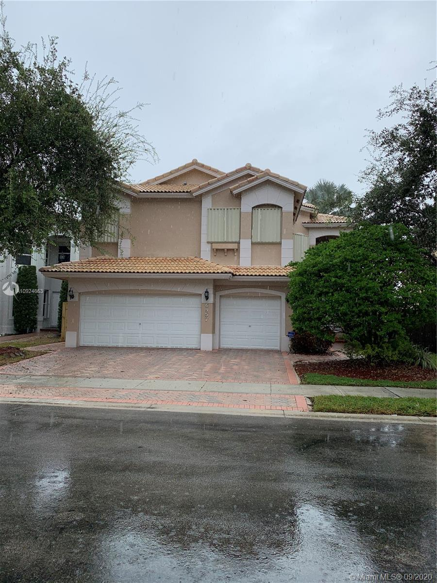 6957 NW 107th Ct  For Sale A10924653, FL