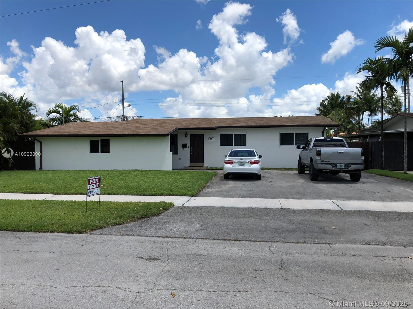 421 W 55th Pl  For Sale A10923890, FL
