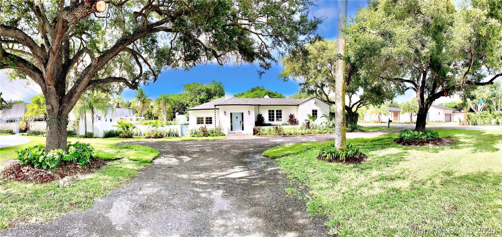 7105  Sunset Dr  For Sale A10924875, FL