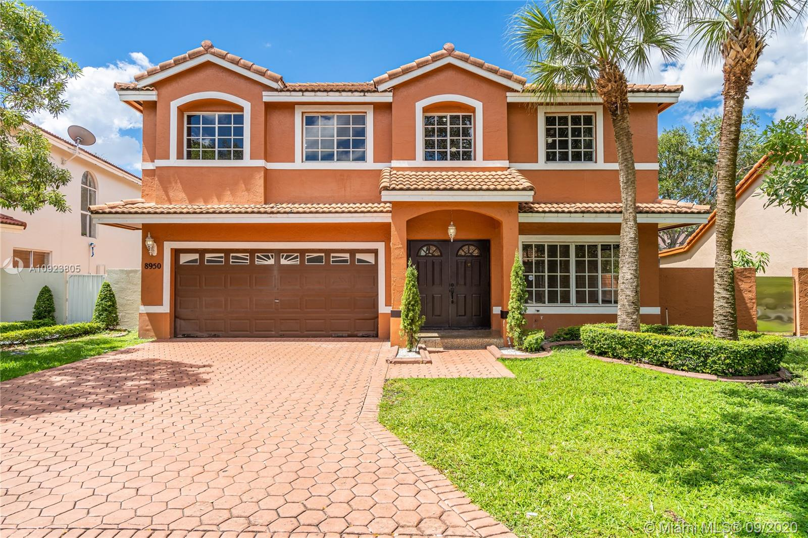 Details for 8950 189th Ter, Hialeah, FL 33018