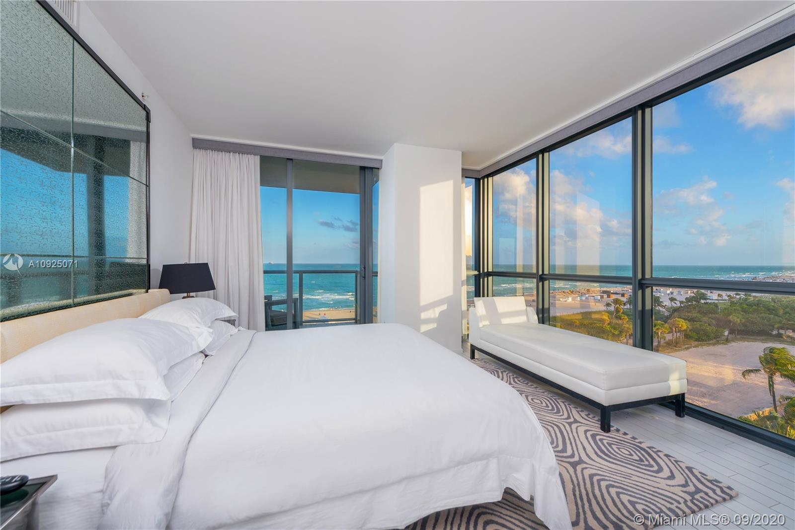 2201  Collins Ave #828 For Sale A10925071, FL