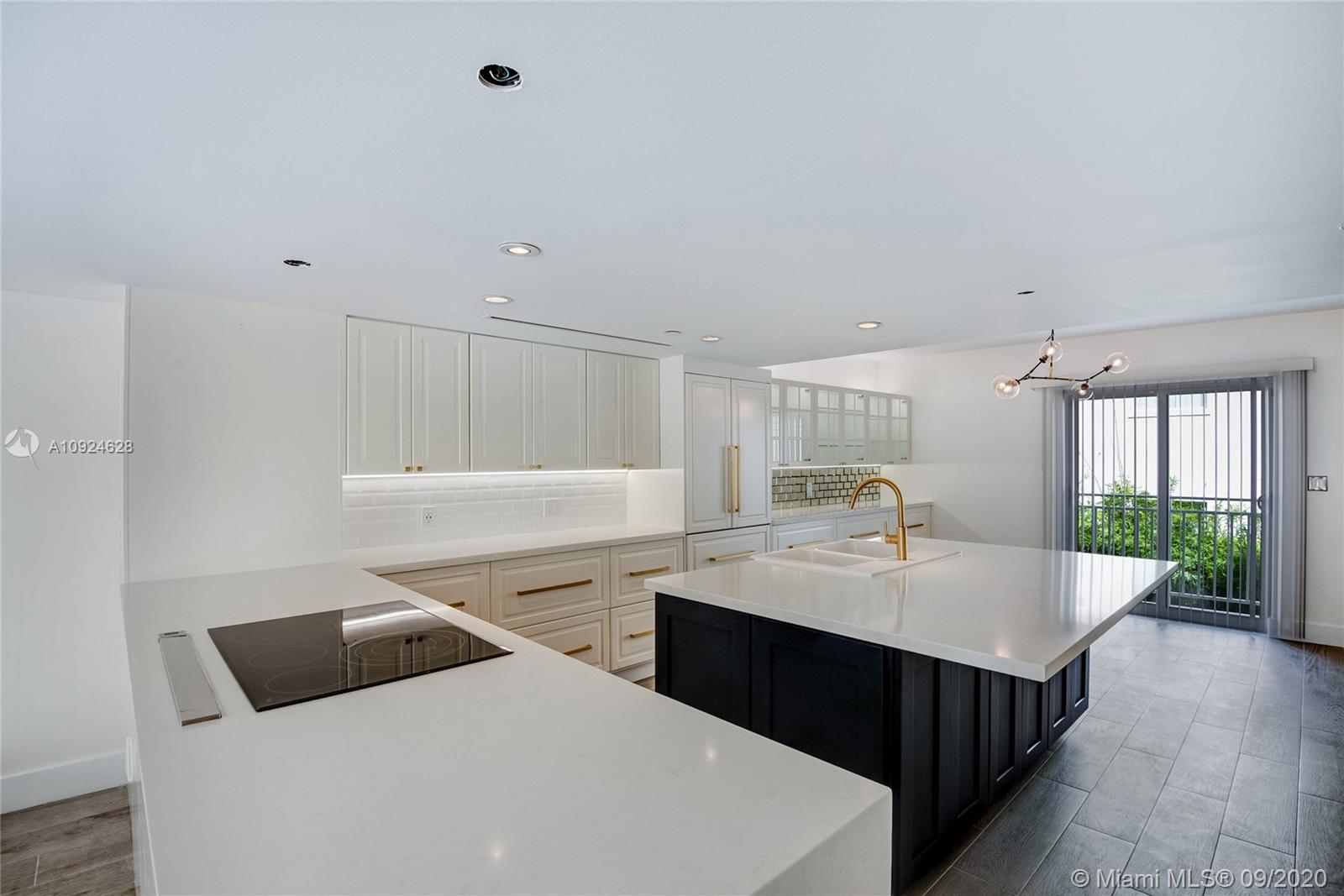 635  Euclid Ave #107 For Sale A10924628, FL