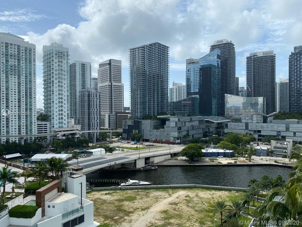 90 SW 3rd St #1604 For Sale A10925380, FL