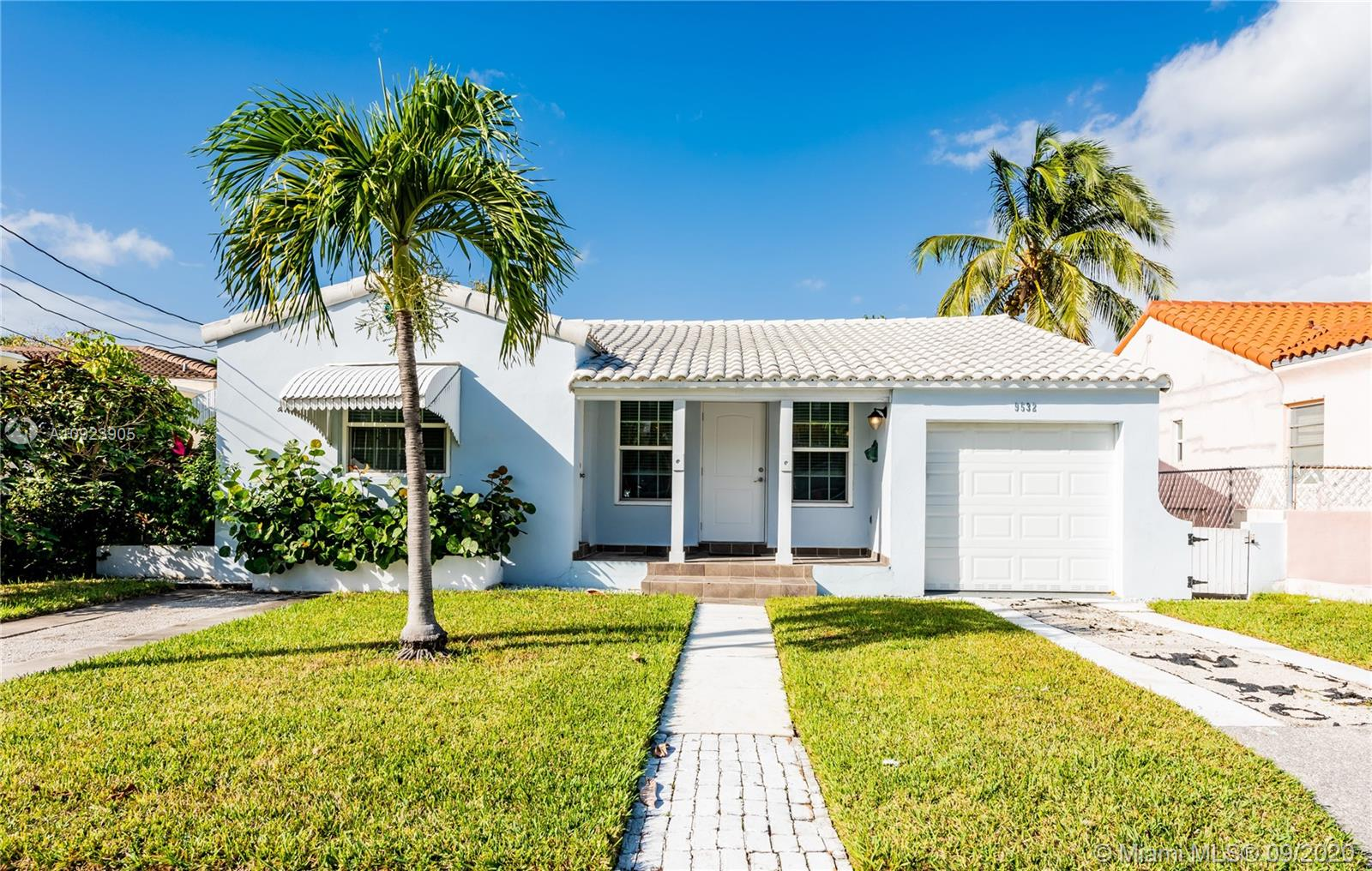 9532  Abbott Ave  For Sale A10923905, FL