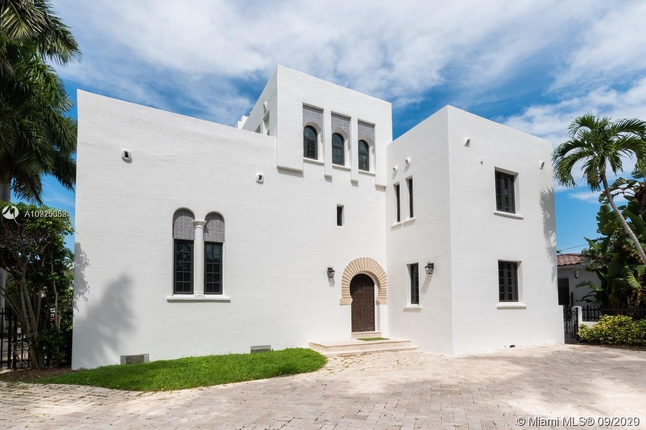 5300  Pine Tree Dr  For Sale A10925388, FL