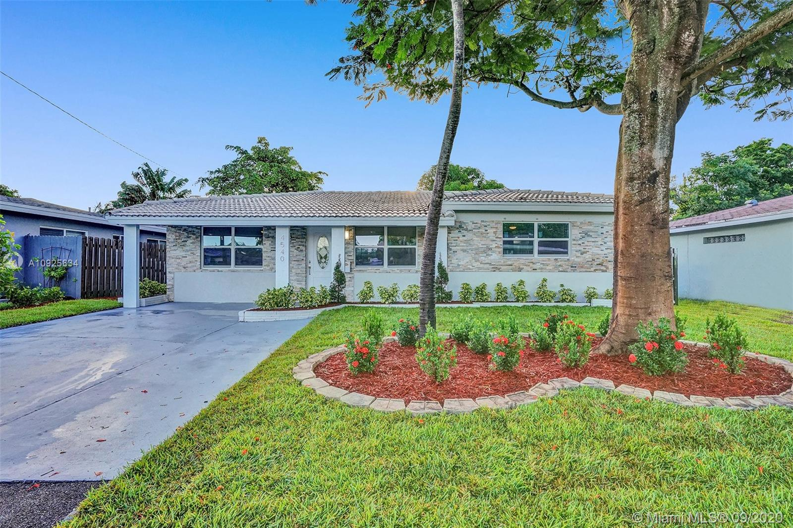 VERY UNIQUE BEAUTIFULLY REMODELED 4 BEDROOM 3 BATHROOM HOME (2 FULL MASTER BEDROOM), IN THE HEART OF OAKLAND PARK! PERFECT TURN-KEY HOME OR VACATION RENTAL OPPORTUNITY! HOME FEATURES ALL HURRICANE IMPACT WINDOWS AND DOORS, 2004 TILE ROOF, BRAND NEW TANKLESS WATER HEATER, NEW BATHROOMS, NEW IRRIGATION SYSTEM WITH NEW GRASS AND PLANTS, NEW CUSTOM KITCHEN WITH HIGH-END EUROPEAN CABINETS, QUARTZ COUNTERTOP, RECESSED LIGHTING THROUGHOUT, SEPARATE LAUNDRY ROOM, VERY LARGE BACKYARD WITH ROOM FOR A POOL, SPACIOUS DRIVEWAY, FRESHLY PAINTED INSIDE/OUT... MINUTES FROM SCHOOLS, BEACH, SHOPPING PLAZAS, ETC... HURRY THIS WONT LAST LONG!! *** BRAND NEW STAINLESS STEEL APPLIANCES WILL BE INSTALLED PRIOR TO CLOSING***