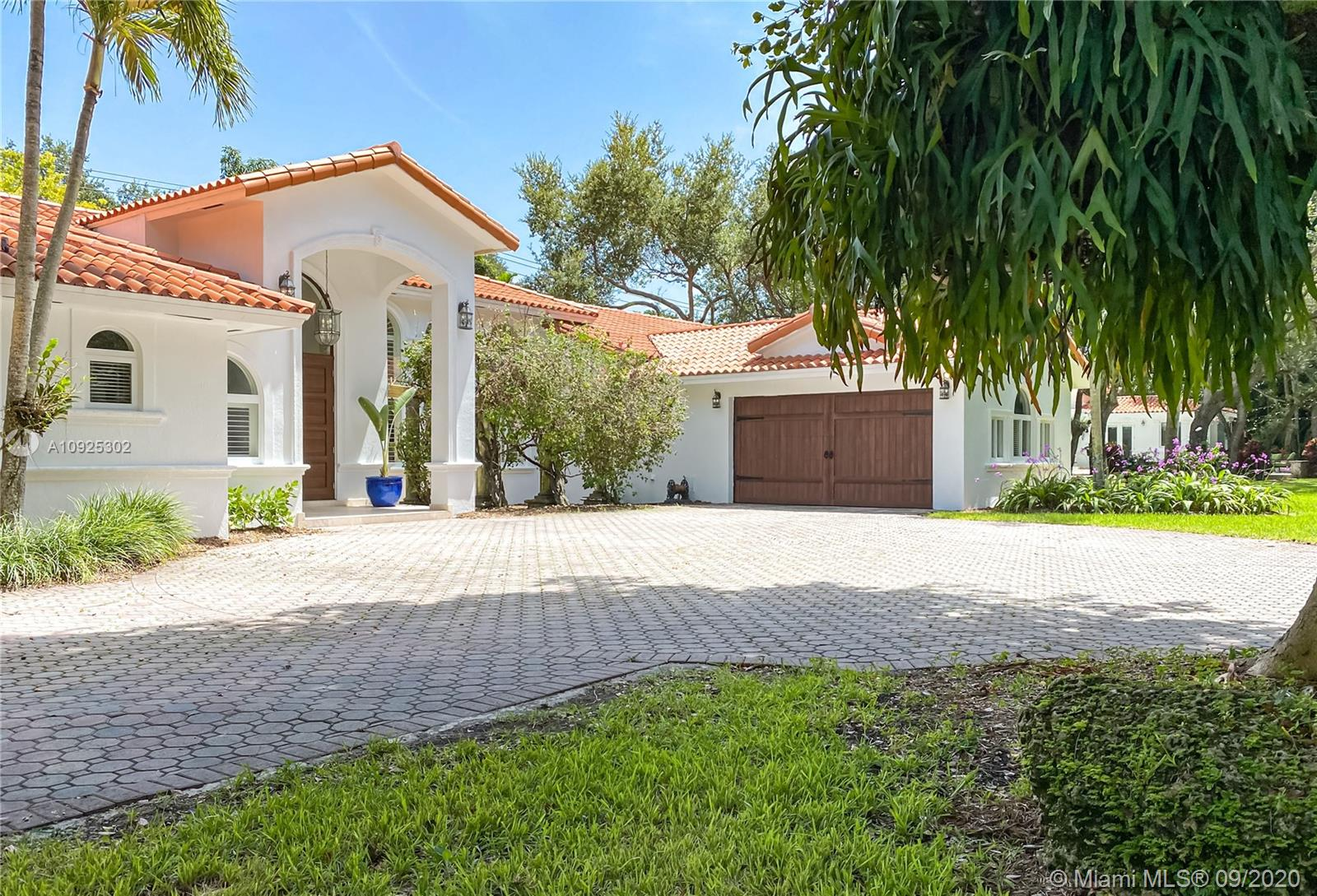 8941 SW 65th Ct  For Sale A10925302, FL