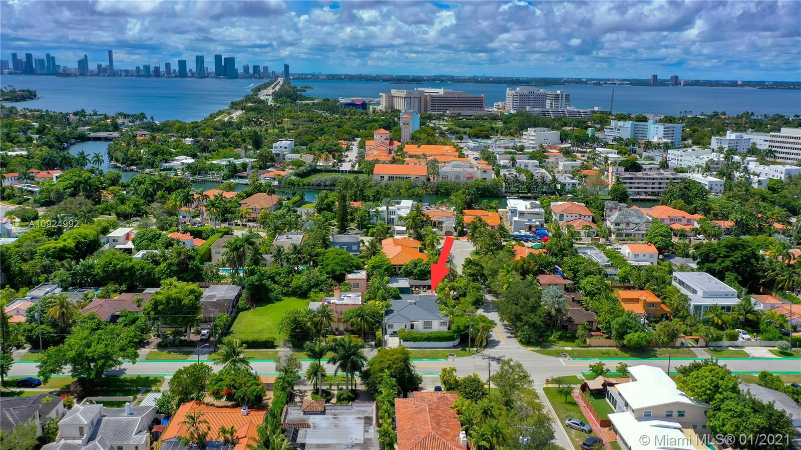 3490  Prairie Ave  For Sale A10924992, FL