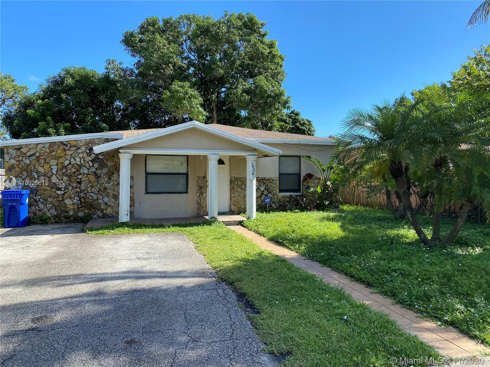 1404 NW 3rd Ave  For Sale A10925615, FL