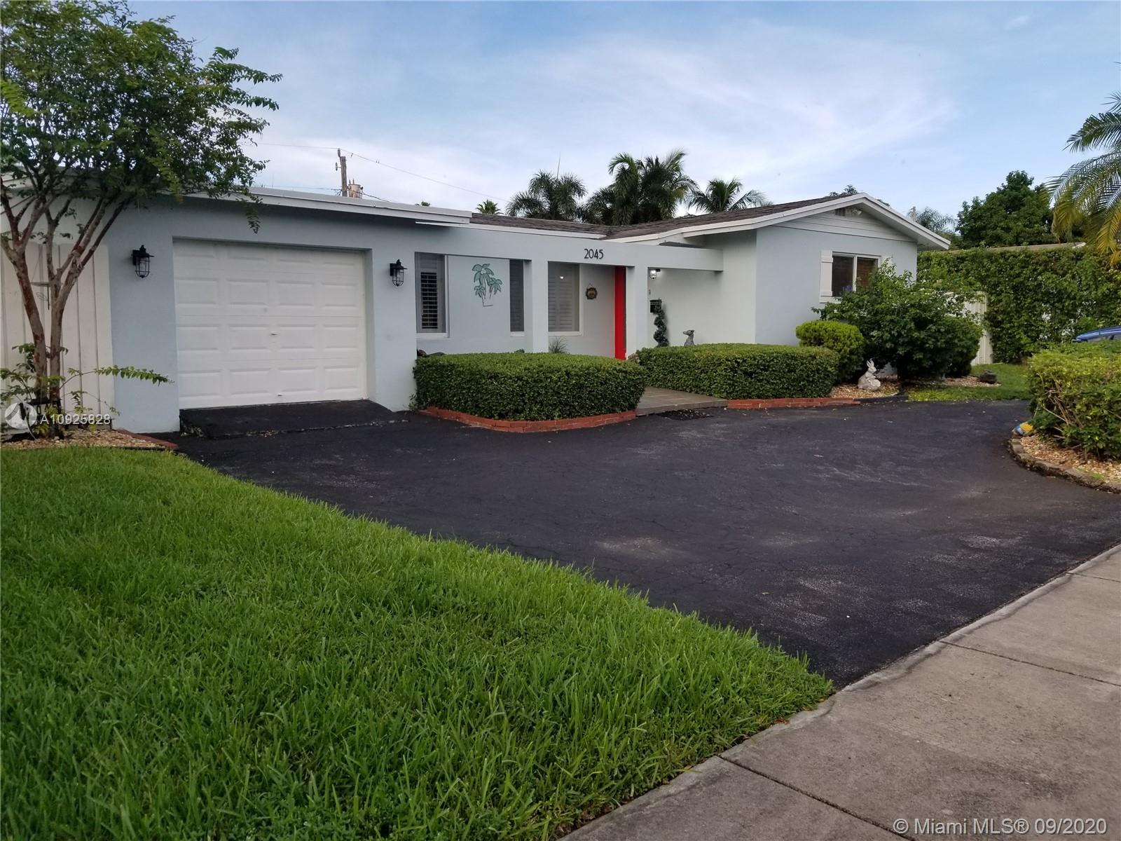 2045 NE 202nd St  For Sale A10925828, FL