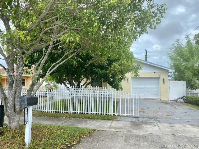5913  Wiley st  For Sale A10925600, FL