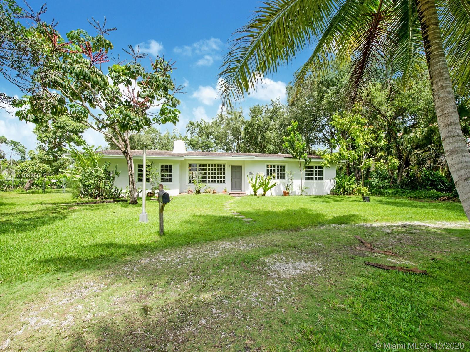 7535 SW 122nd St  For Sale A10926012, FL