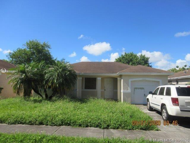 28424 SW 135th Ave  For Sale A10925946, FL