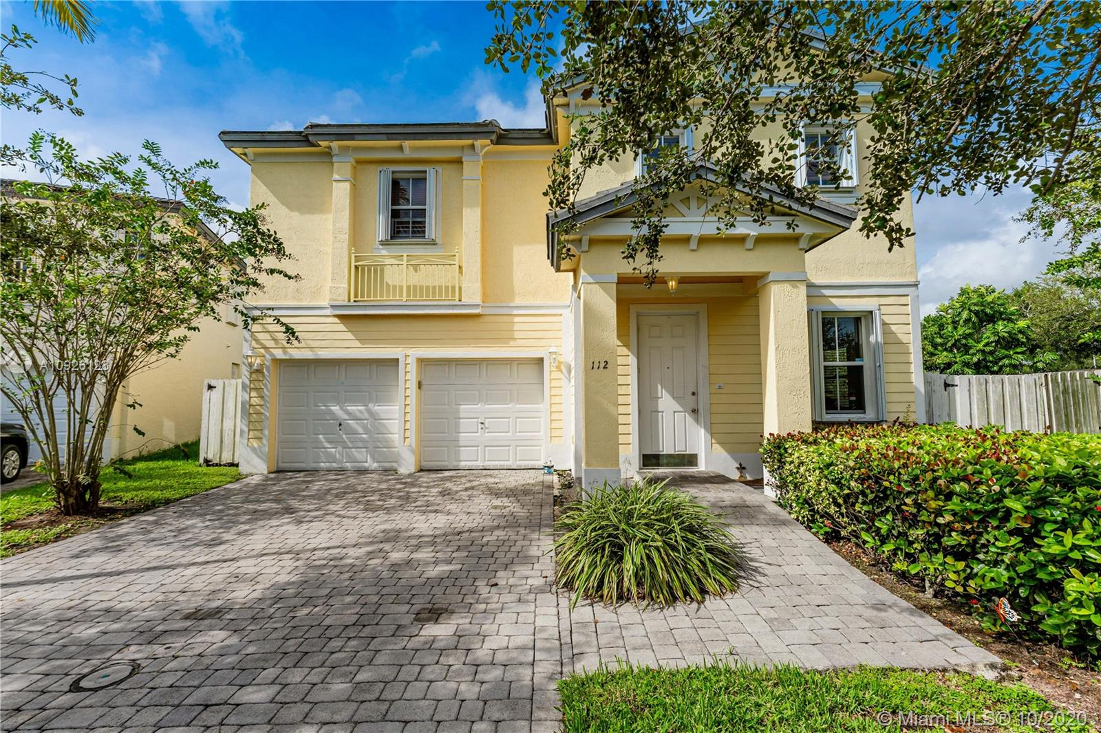 112 NE 31st Ave  For Sale A10926123, FL