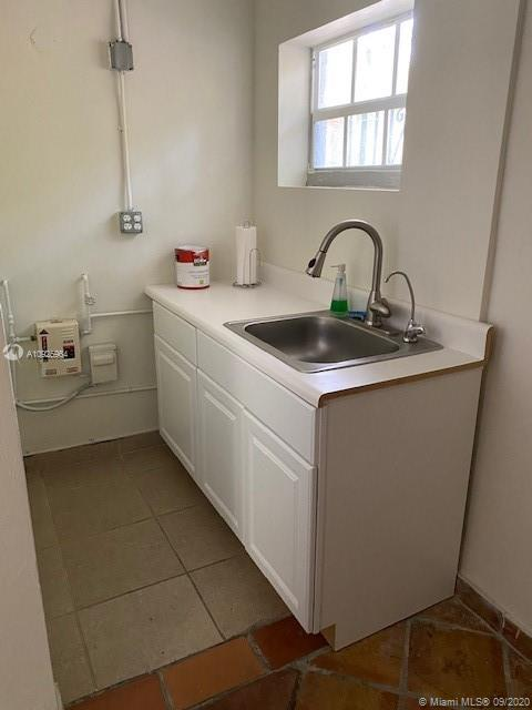 2916 SW 27th Ave #1 For Sale A10925964, FL