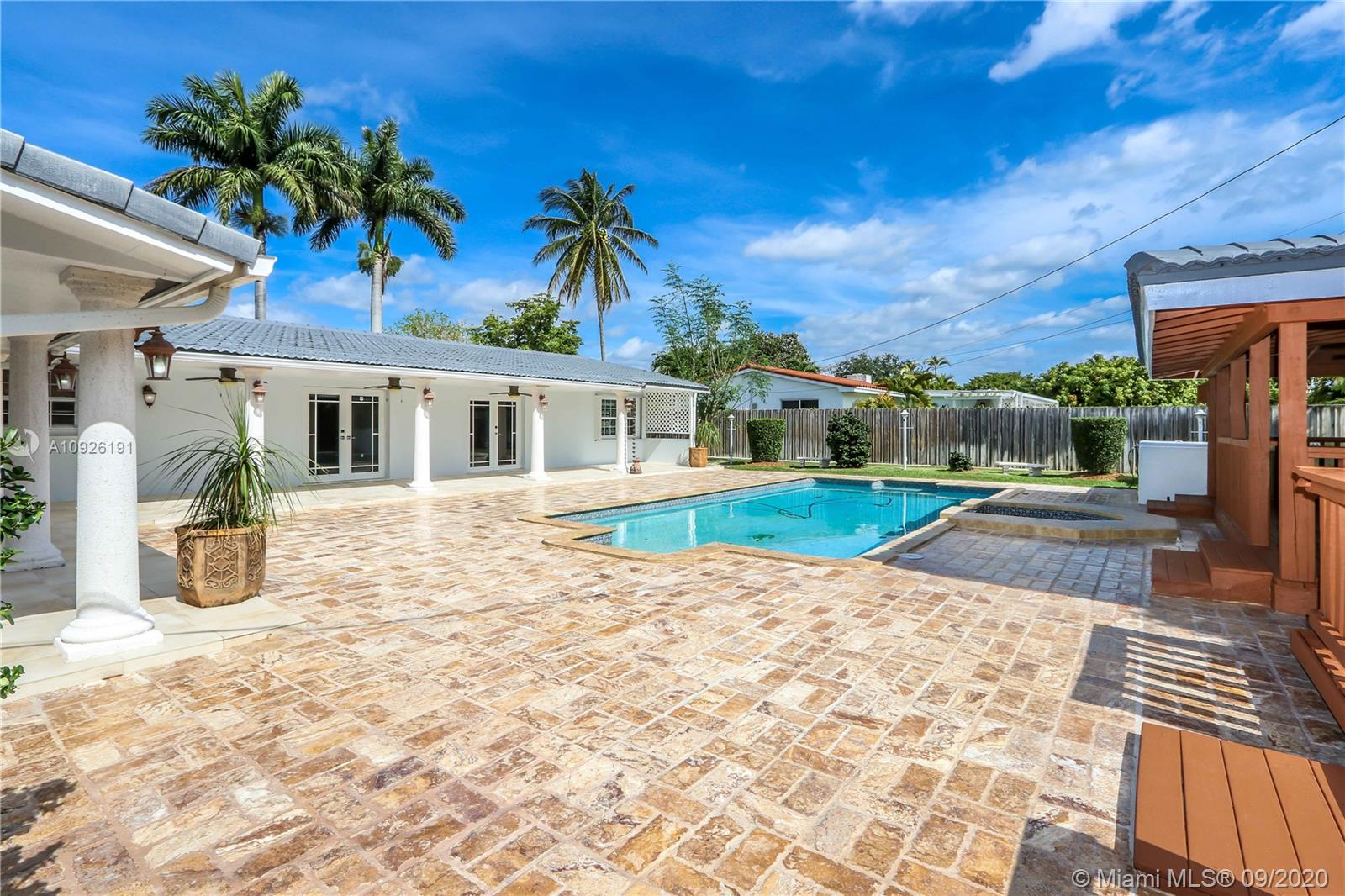 13841 SW 80th Ave  For Sale A10926191, FL