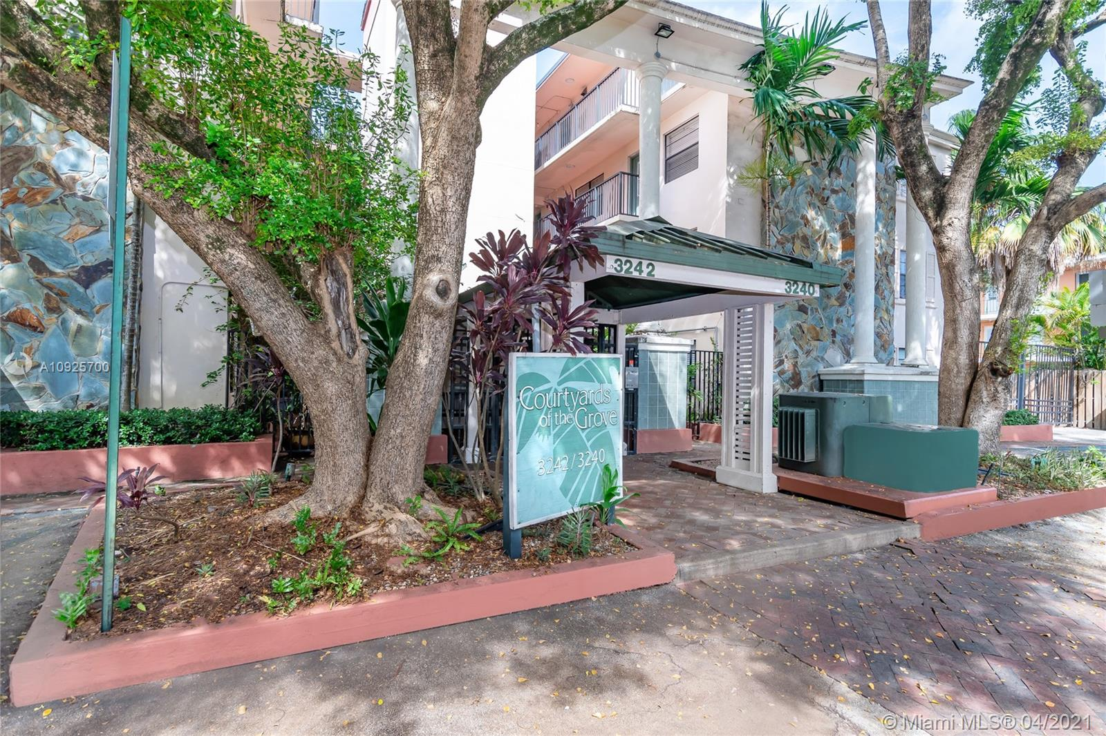 Fan favorite Courtyards of the Grove on Mary Street. Nicely remodeled 2 bedroom 1 bath, 3rd floor with balcony including a Washer and Dryer in the unit. Located in the heart of Center Coconut Grove.