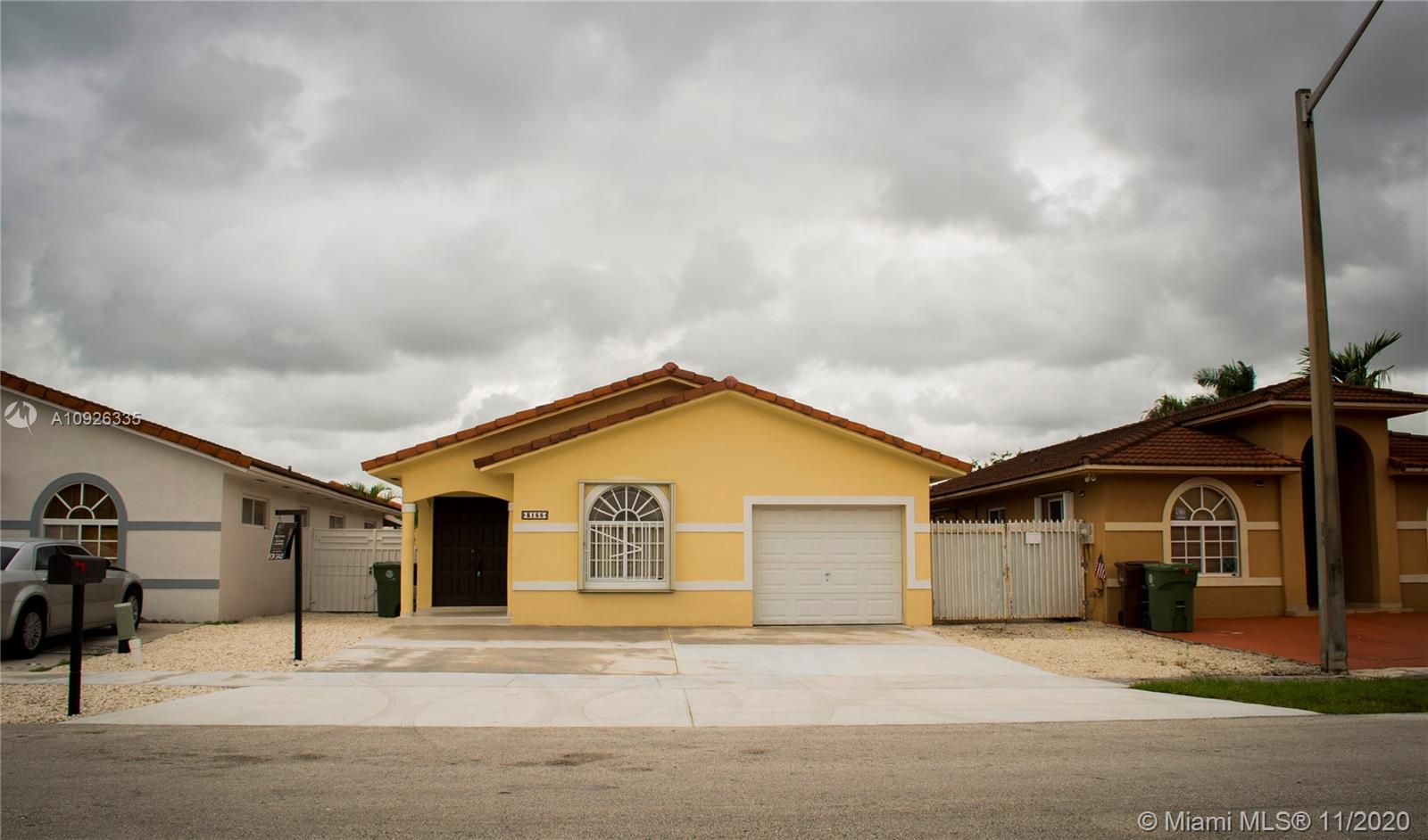 3155 W 77th Pl  For Sale A10926335, FL