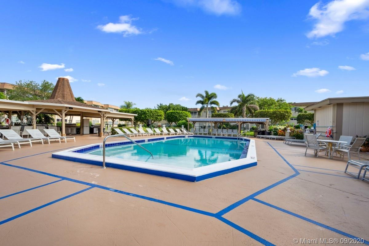 View on the lake ! Enjoy 2 beds / 2 baths all furnish , 55+ active community , enjoy dining  in your large  Florida room , heated pool, club house , gym extra storage ,BBQ area , shuffleboard , card room,craft room and pool room , the roof is new from 2017 , wi-fi is included and water , deeded parking and many guest parking . Welcome !!