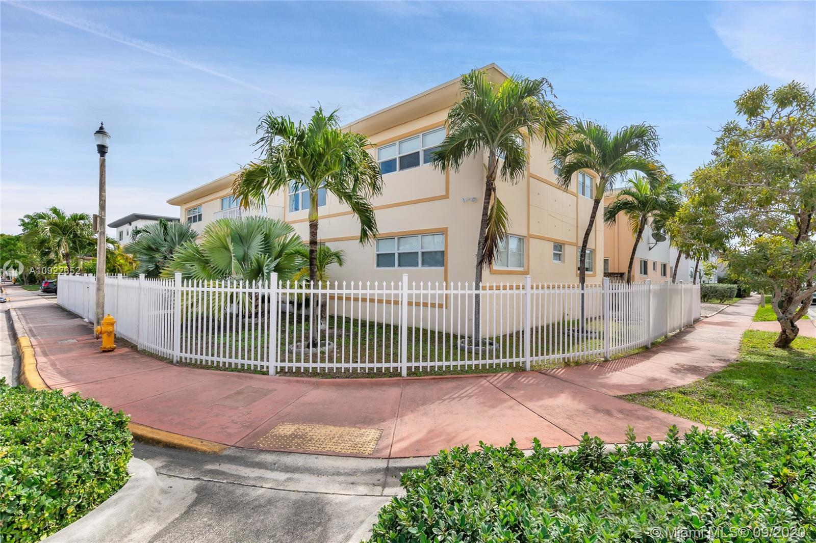 840  82nd St #4 For Sale A10922652, FL