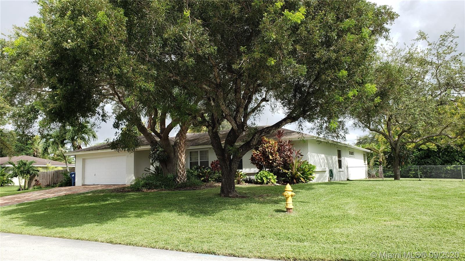 8401 SW 180 St  For Sale A10926367, FL