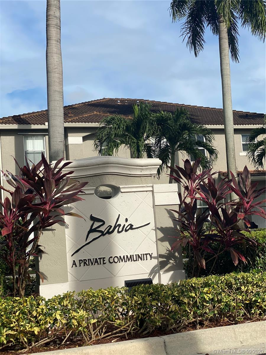 12661 SW 53rd St  For Sale A10926618, FL