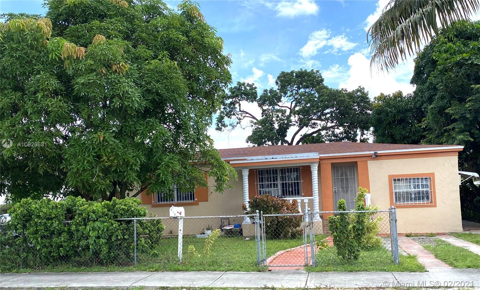 818 NW 147th St  For Sale A10926631, FL