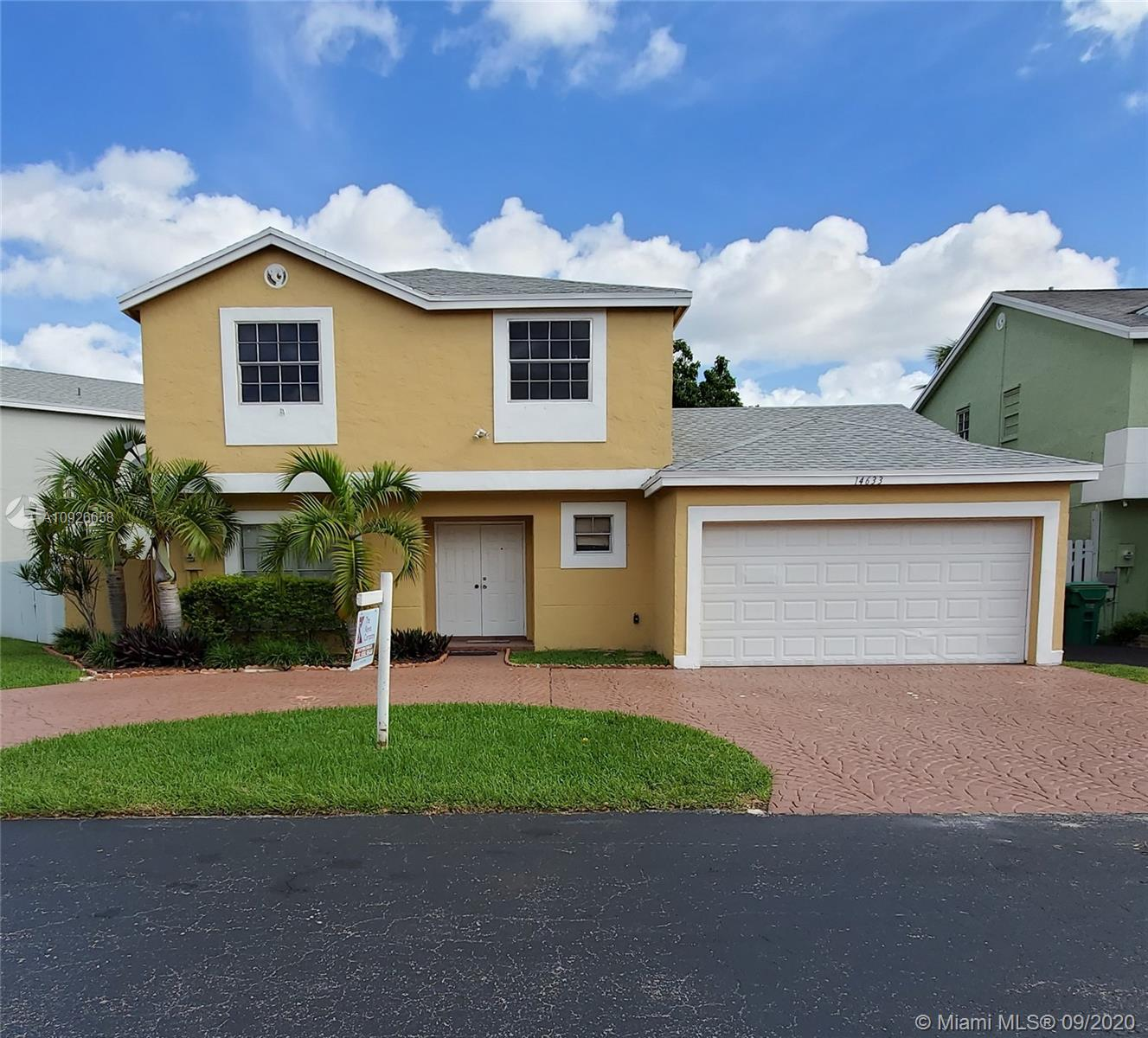 14633 SW 95th Ln  For Sale A10926658, FL