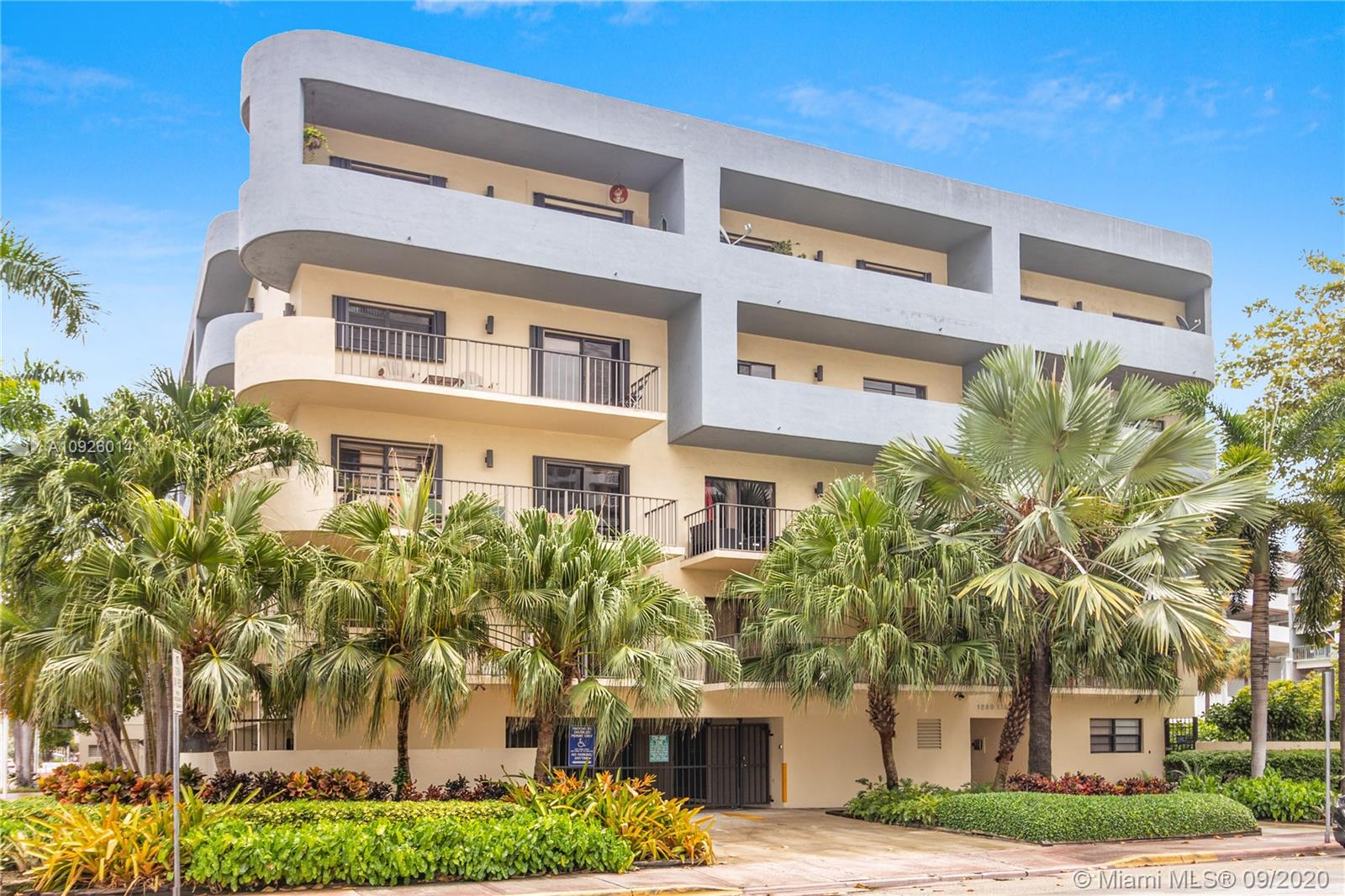 1250  Lincoln Rd #502 For Sale A10926014, FL