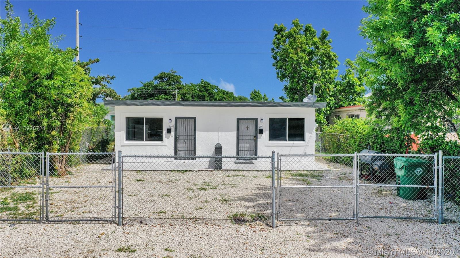 1601 NW 66th St  For Sale A10926724, FL