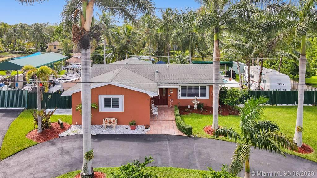 7450 SW 173rd St  For Sale A10926605, FL