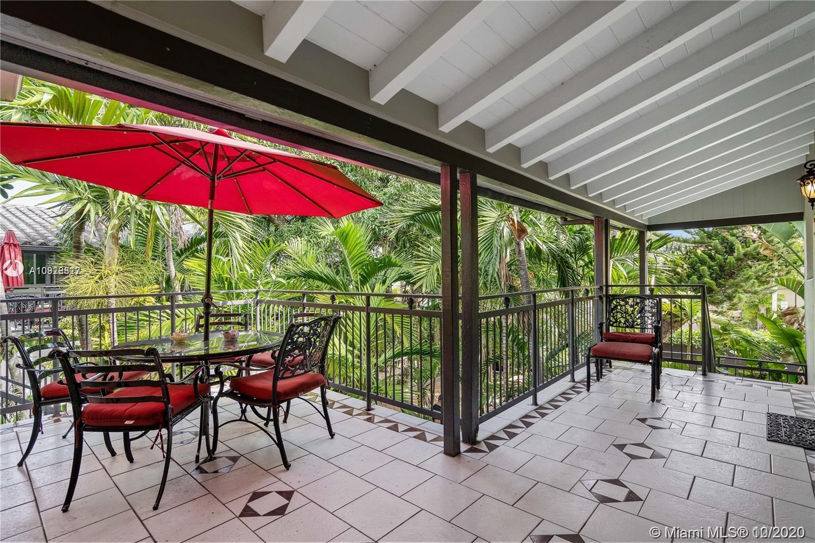 8142  Byron Ave #4 For Sale A10926817, FL