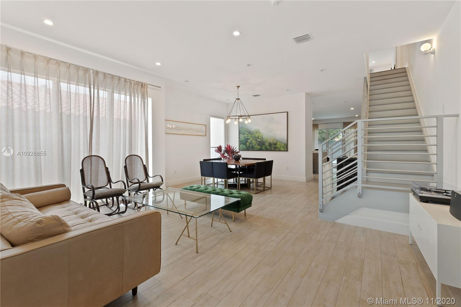 1540 SW 22nd Ter #1540 For Sale A10926855, FL