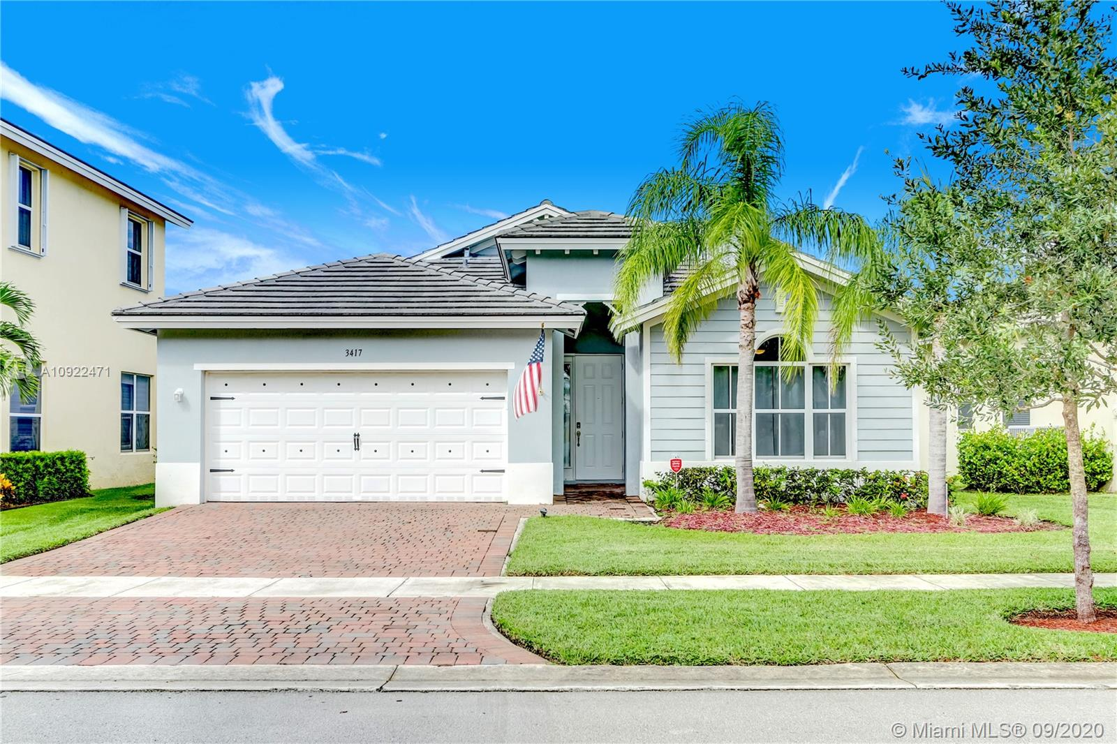 3417 NE 2nd St  For Sale A10922471, FL