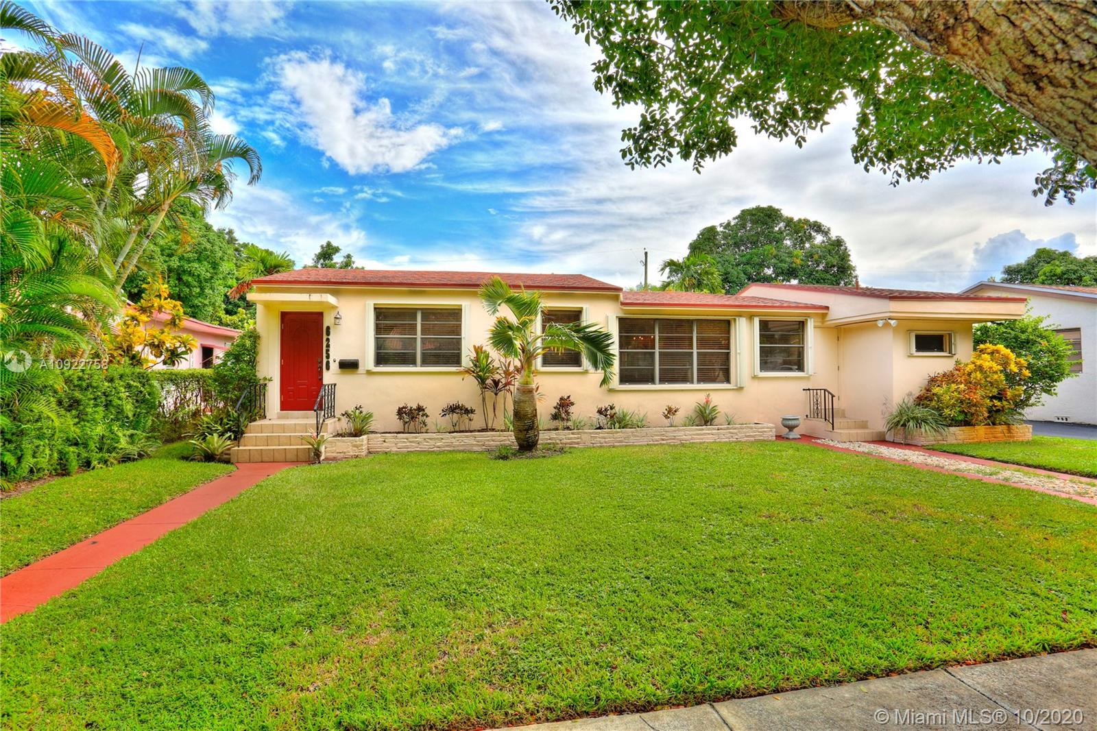 6256 SW 11th St  For Sale A10922758, FL
