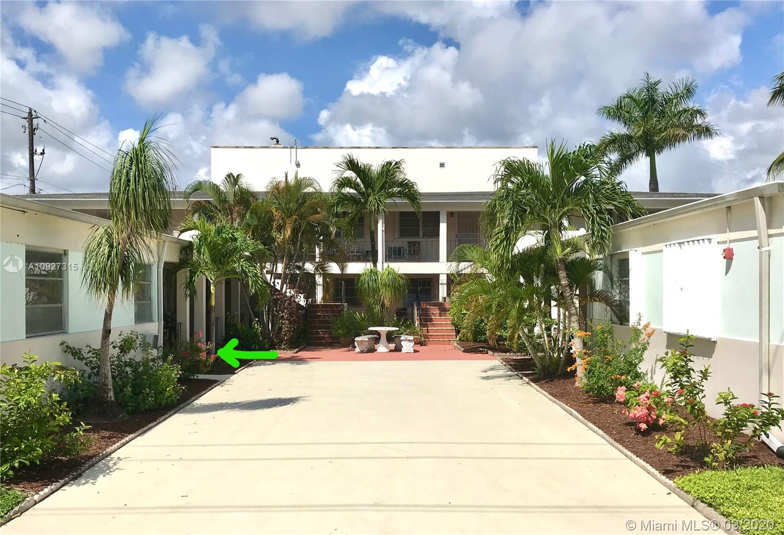 756 N 17th Ave #3 For Sale A10927315, FL