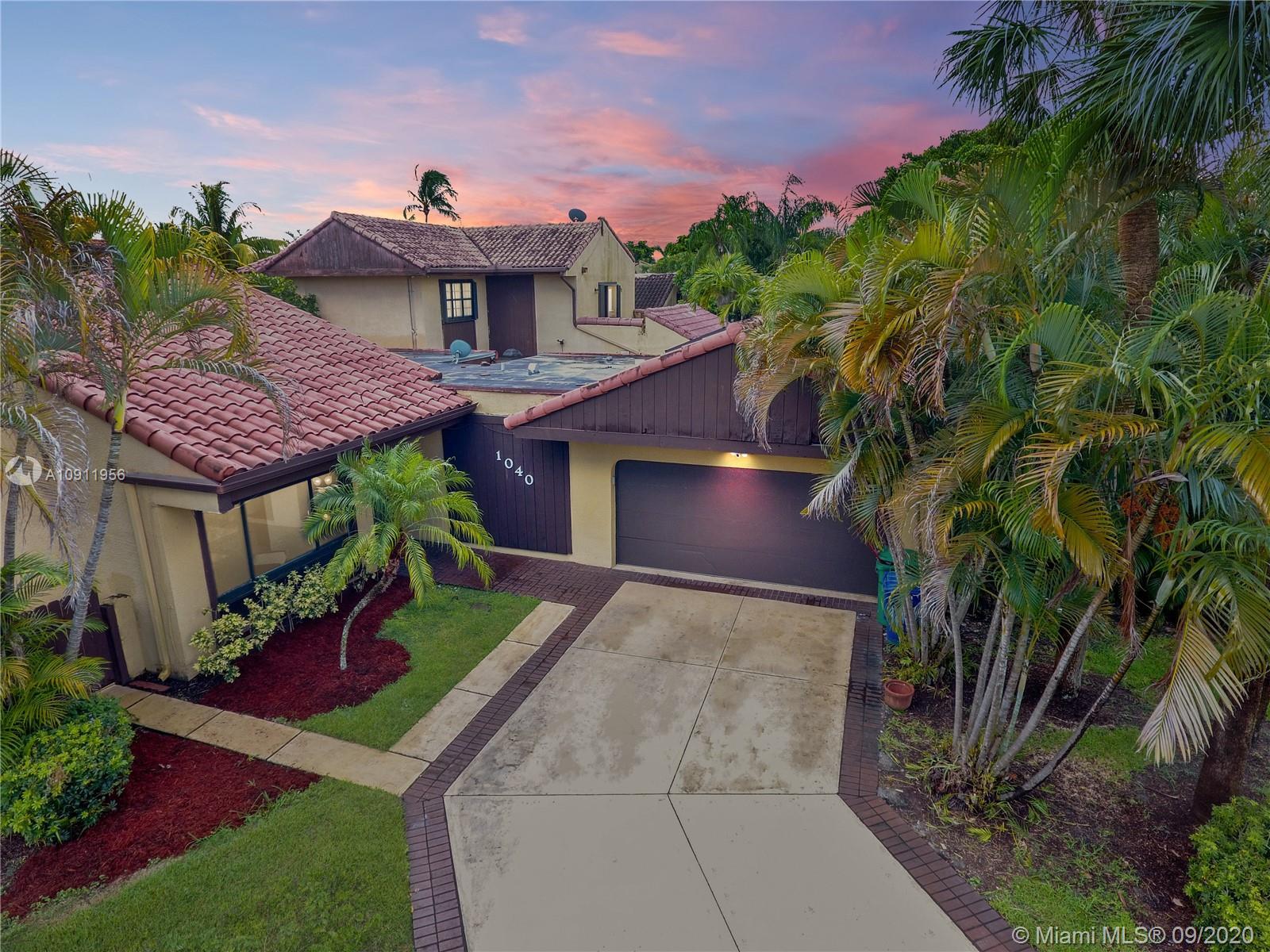 1040 NE 203 Terrace  For Sale A10911956, FL